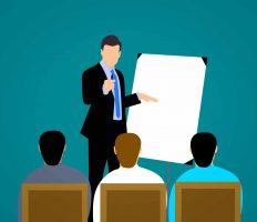 שיווק דיגיטלי לעסקים – האם שווה להשקיע בקורס או לשכור חברה?